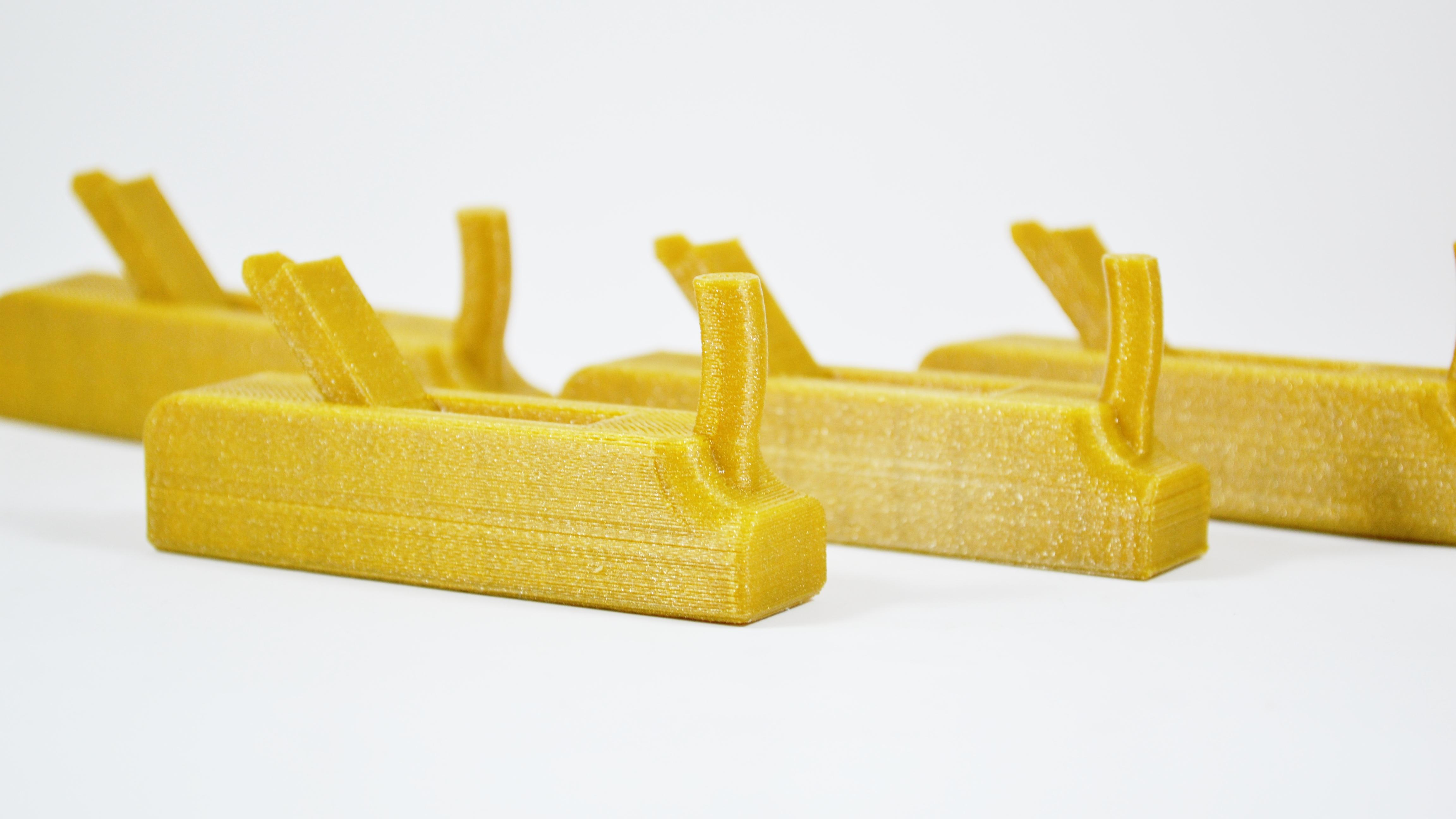 Zlaté-hoblíky-termoplasty
