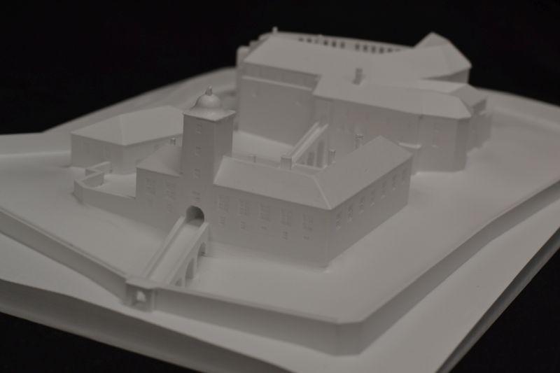 Bouzov model